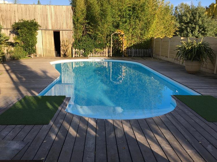 resine piscine blanche