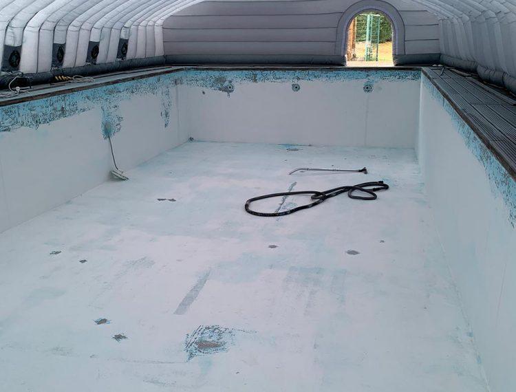 Résine piscine réparation