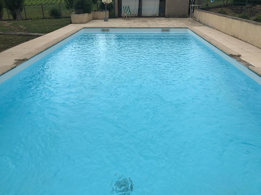 Remplacement liner par une résine piscine